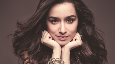 Shraddha Kapoor celebrates 20 million followers on Instagram!