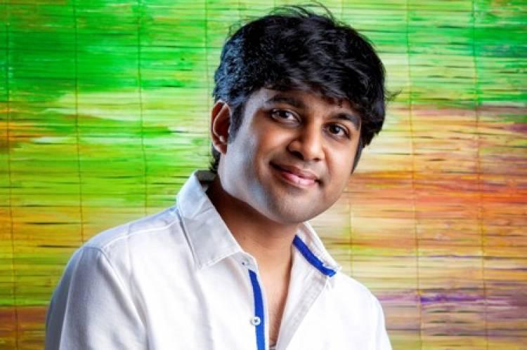 கவிஞர் கபிலன் வைரமுத்துவுக்கு சிறந்த சமூக சிந்தனையாளருக்கான விருது