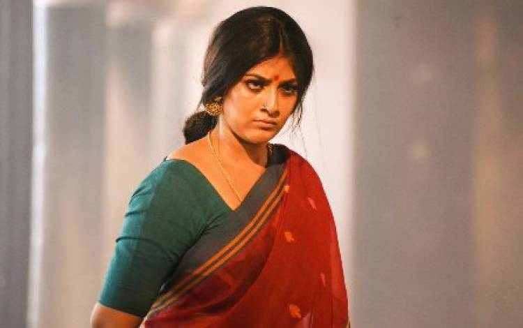 "I have come out from my comfort zone for ""Sandakozhi 2"": Varalaxmi Sarathkumar"