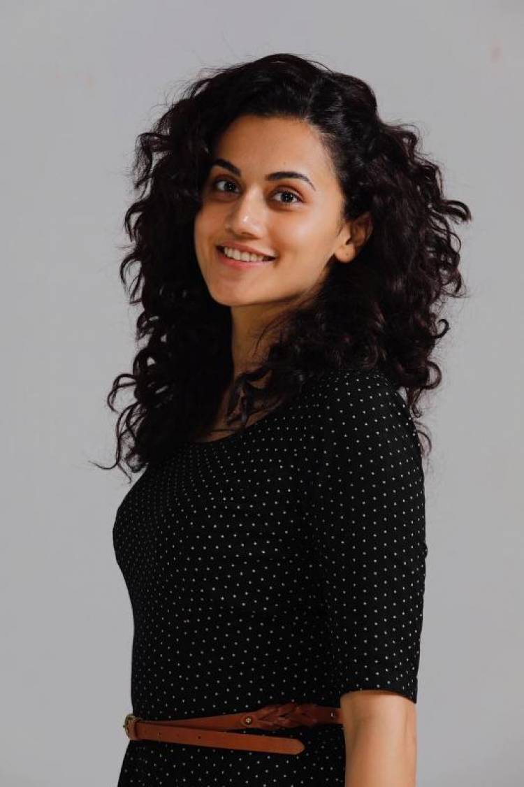 Actress Taapsee Pannu Latest Photo