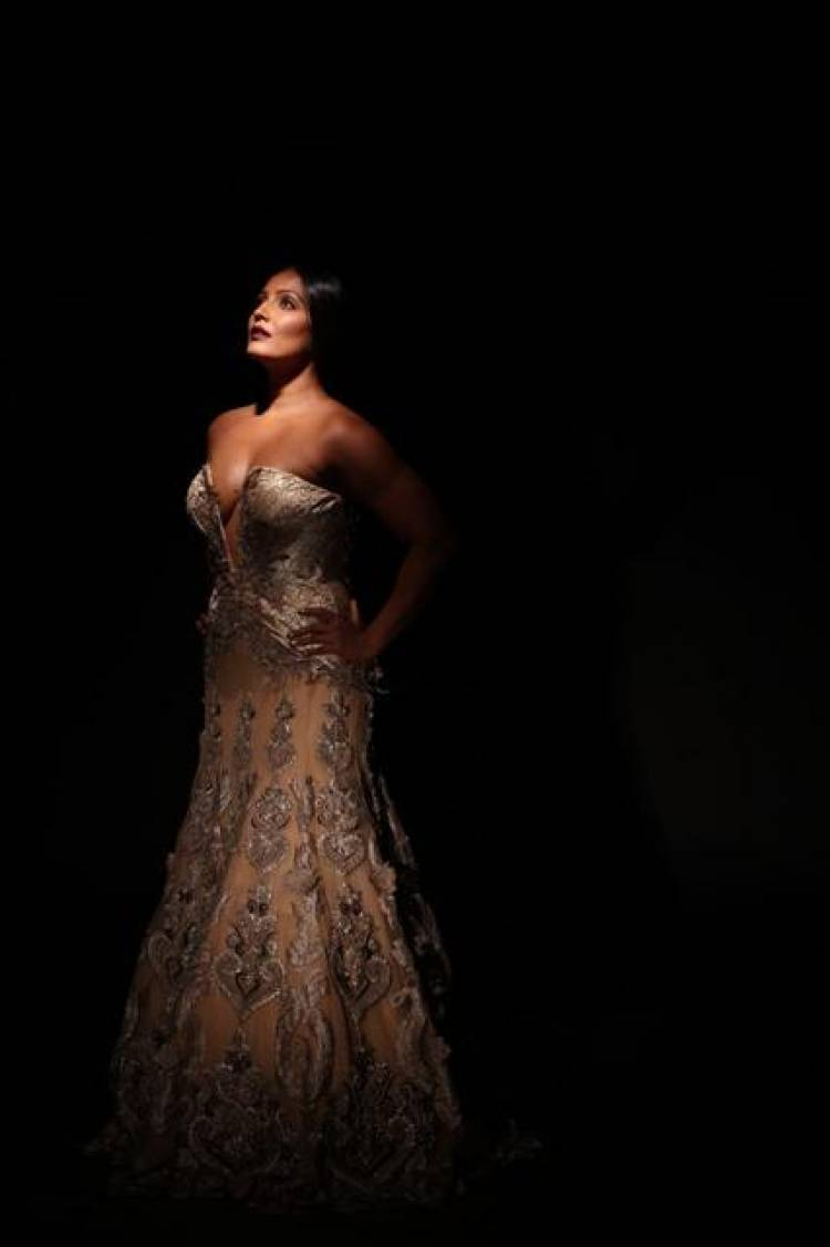 Meghna Naidu latest photo shoot pics