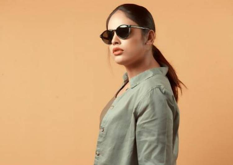 Uber cool photoshoot stills of Nandita Swetha