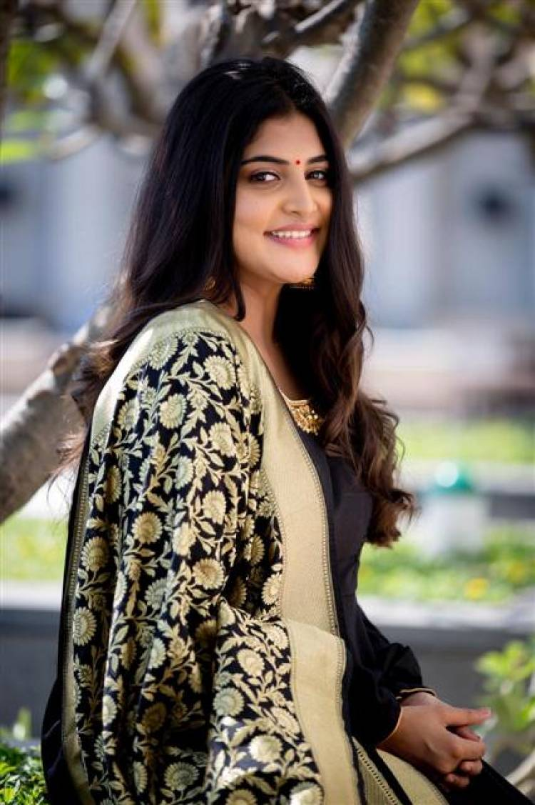 Latest Photoshoot Stills of Actress Manjima Mohan