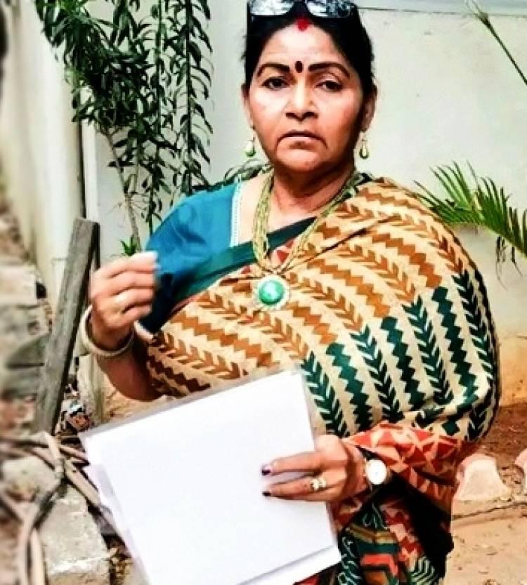 இயக்குனர் அட்லீ மீது துணை நடிகை பரபரப்பு புகார்