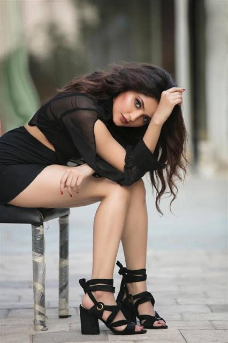 Actress Shirin Kanchwala Gorgeous Stills