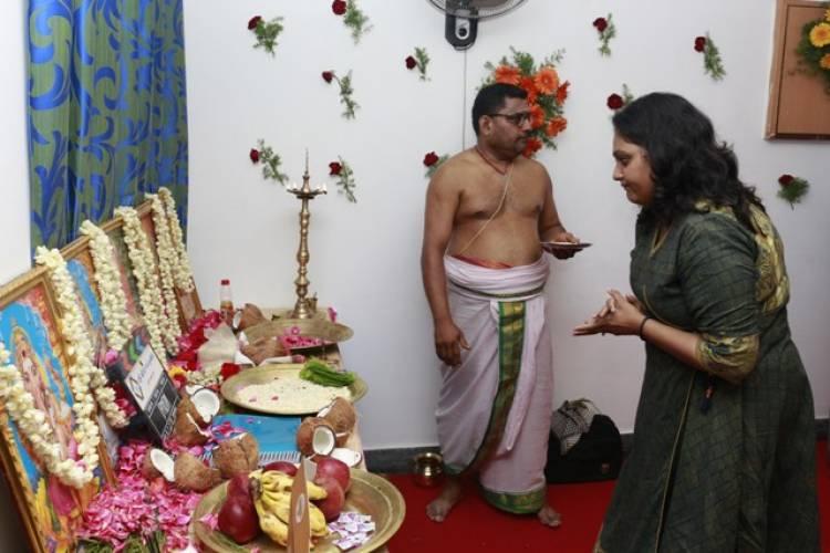ஹேமம்பர்ஜஸ்தி இயக்கத்தில் யதார்த்தமான காதல் கதை