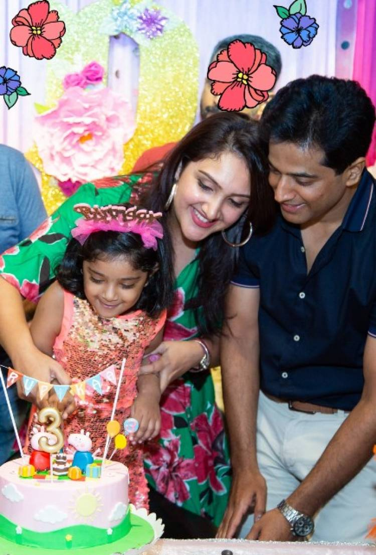 Actor Vijayakumar's Grand Daughter Birthday Celebration