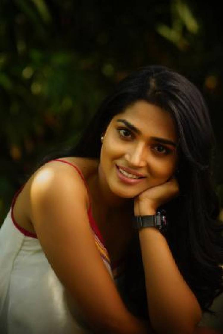 Actress Anagha latest Pictures