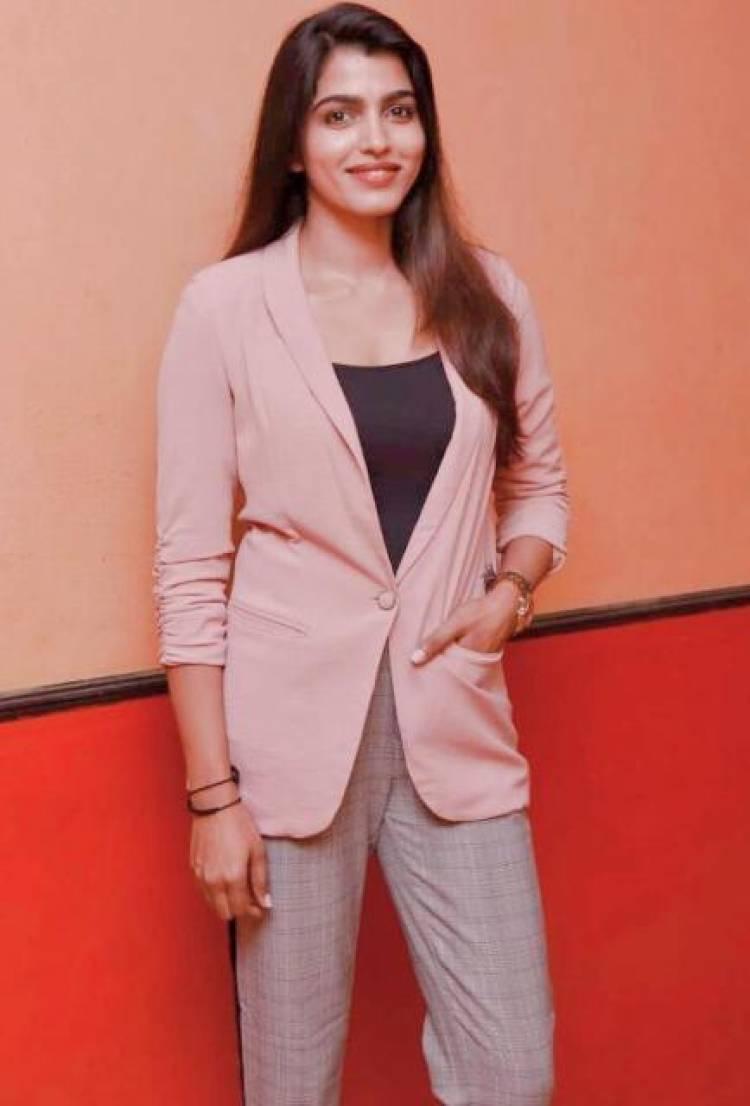Actress Sai Dhansika Latest Stills