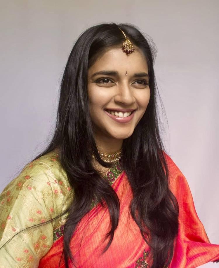 Here's the Pongal celebration clicks of beautiful Actress Vasundhara