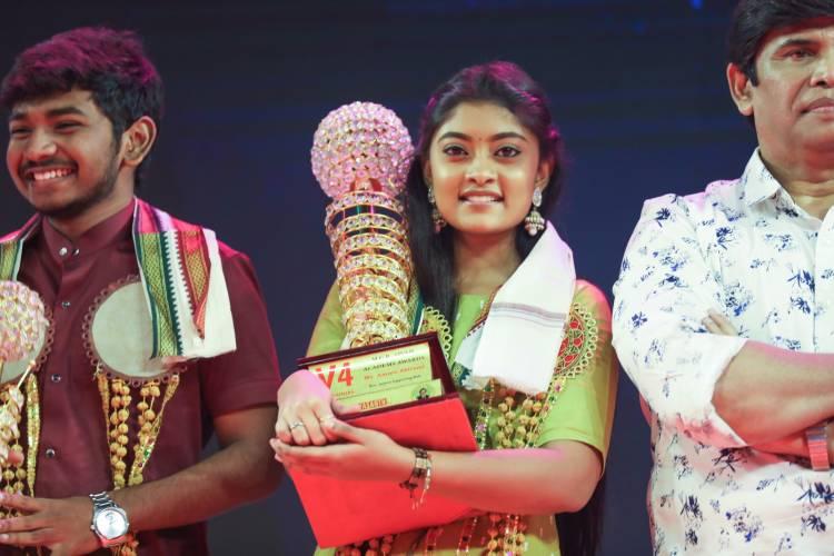 V4 எம்.ஜி.ஆர் - சிவாஜி அகாடமி 34வது திரைப்பட விருது வழங்கும் விழா!