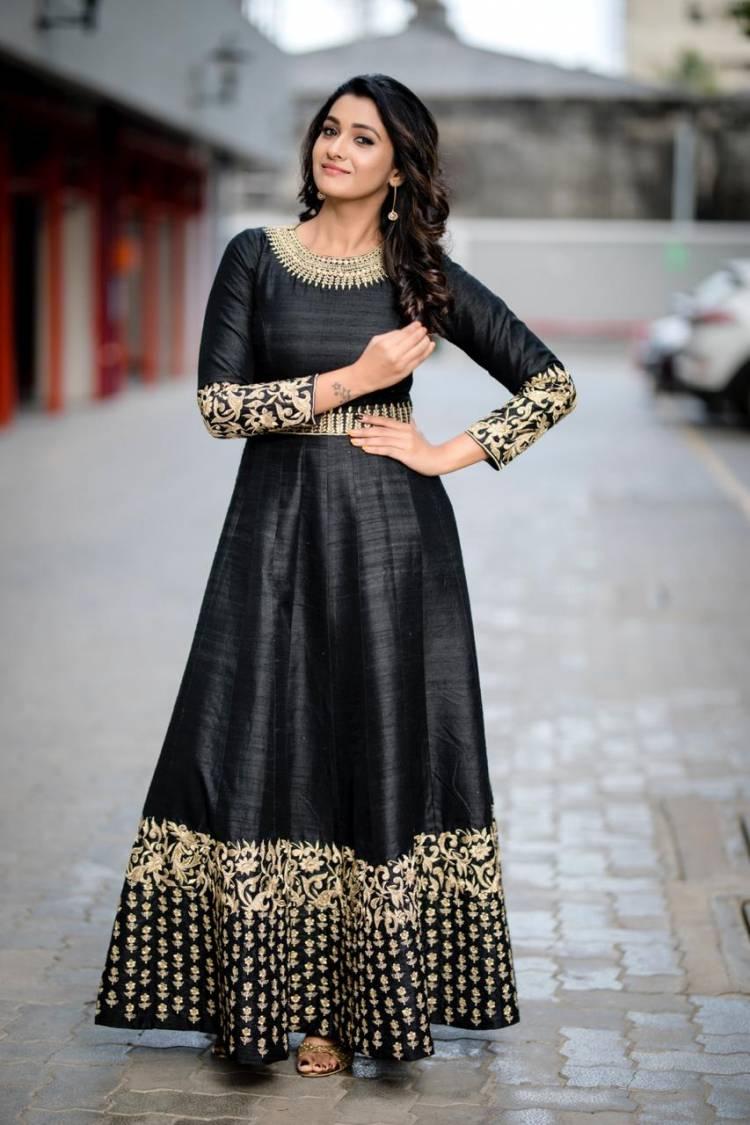 Photogenic PriyaBhavaniShankar