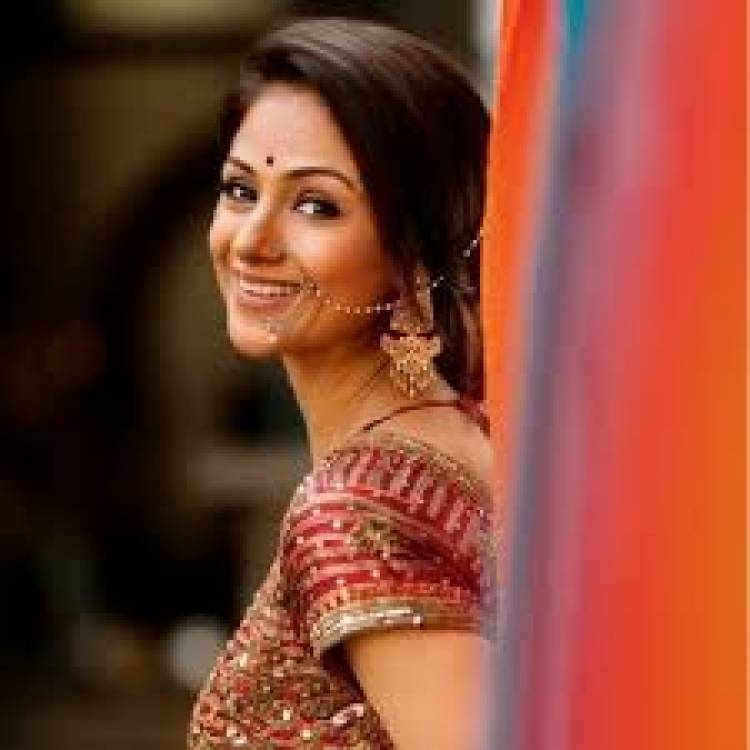 Wishing a very Happy birthday to the beautiful ever gorgeous evergreen beauty Simran