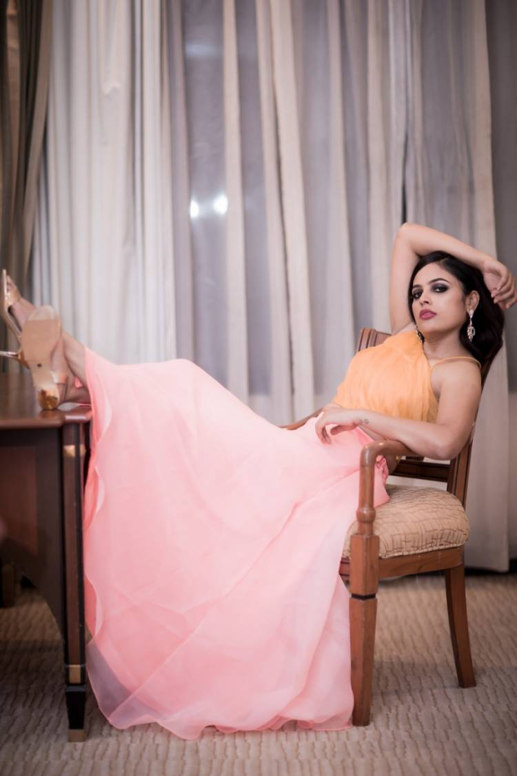 The bright & beautiful Actress NanditaSwetha latest photoshoot