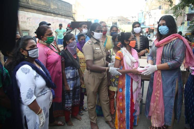 On World Menstrual Hygiene Day Apsara Reddy visited Kellys area and distributed masks and sanitary kits