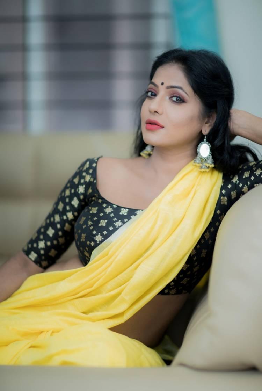 Big Boss 3 fame Actress Reshma Pasupuleti recent photos