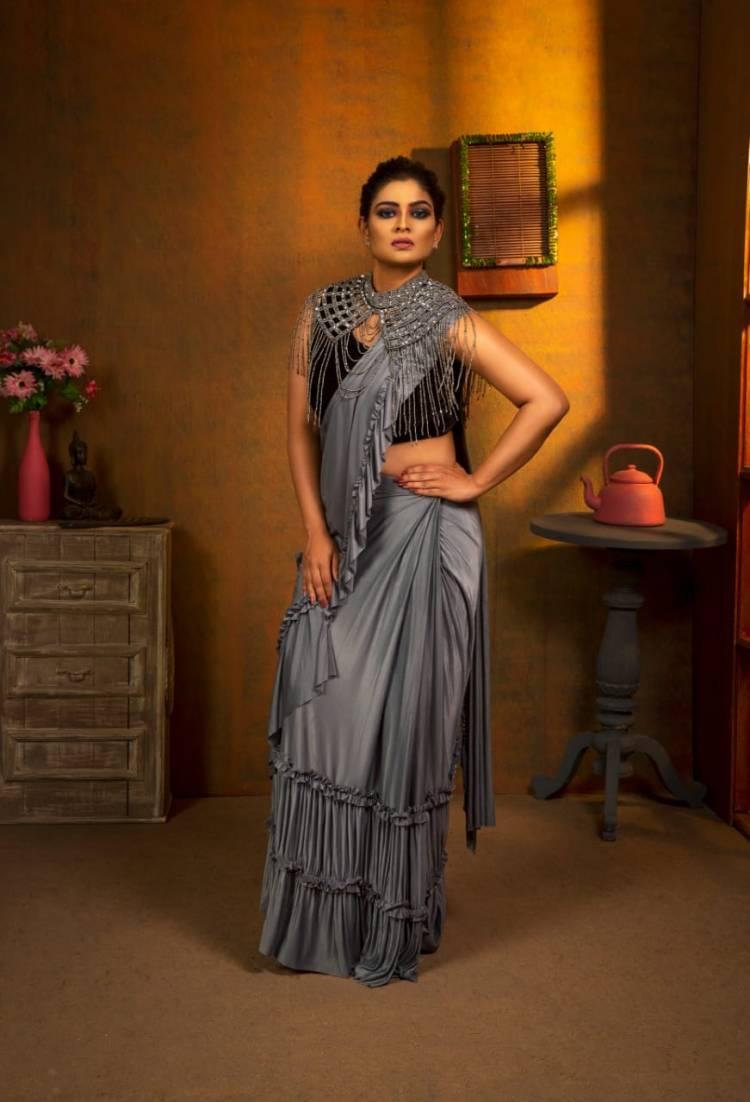 'MOOD ON FASHION' Photoshoot pics of Actress @maheswarichanakyan