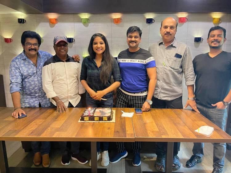 #TheNight movie team celebrates their heroine @ssakshiagarwal for reaching 1.3 Million Instagram Followers #SakshiAgarwal