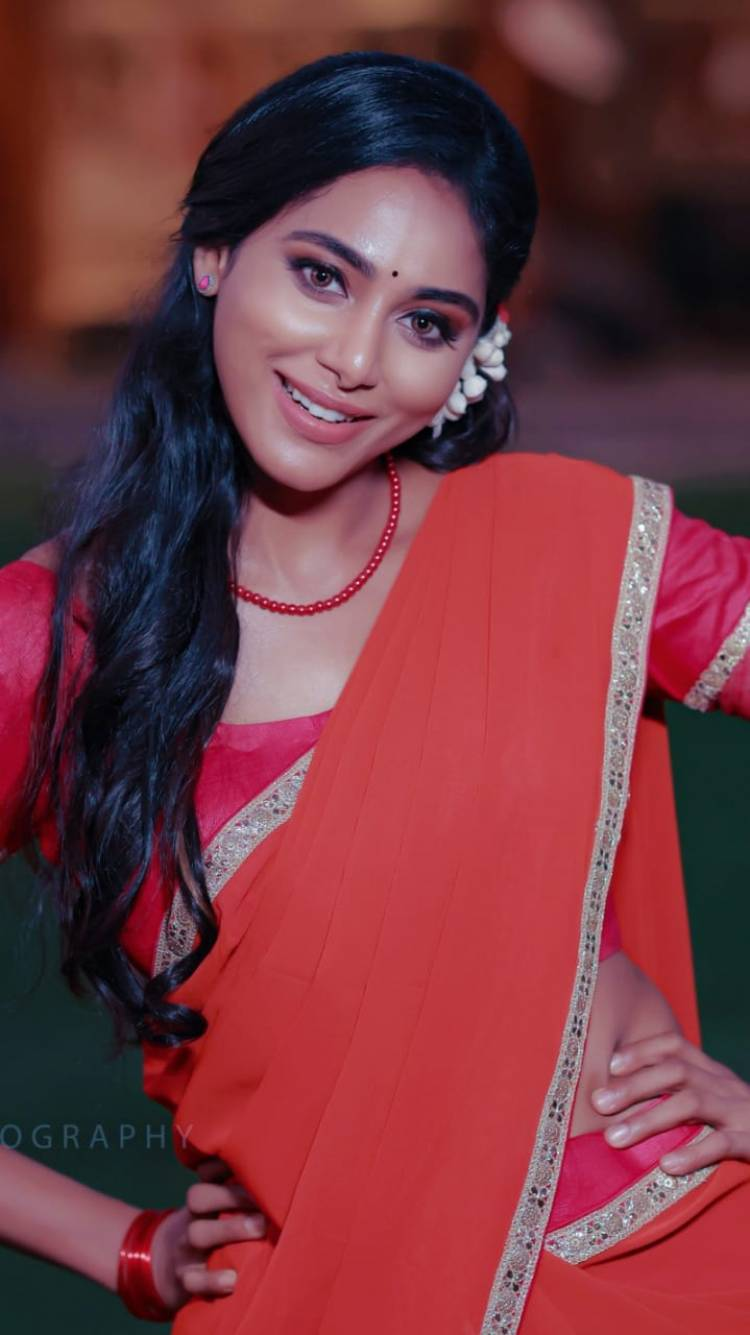 Beauty in Red.. Actress #AradhyaAnn Latest Clicks..