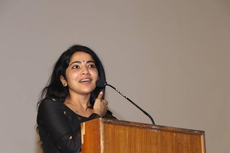 தறியுடன்' என்ற நாவலை மையமாகக்கொண்டு உருவாகியுள்ள 'சங்கத்தலைவன்' திரைப்படம் பிப்ரவரி 26ம் தேதி திரைக்கு வருகிறது.