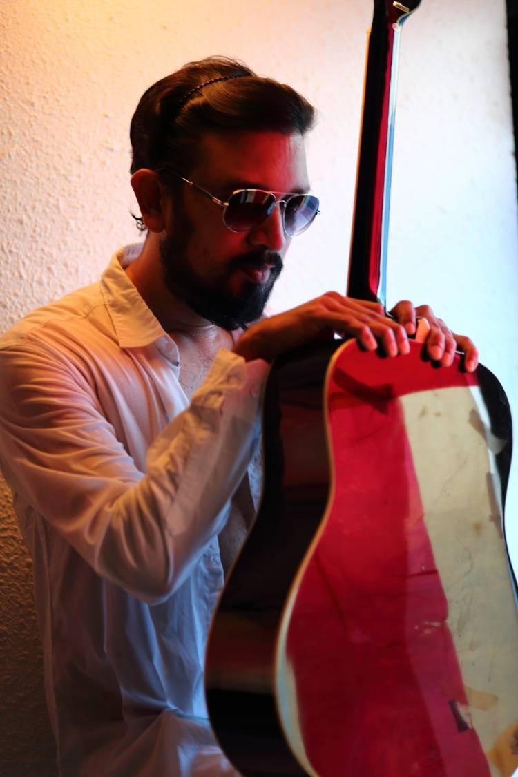 ஜிவி பிரகாஷ், விஜய் ஆண்டனியை தொடர்ந்து ஹீரோவாகும் இசையமைப்பாளர் ஷாம் டி ராஜ்..!