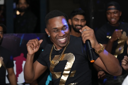 Dwayne Bravo's ?Run D World? Music Video Launched by the CSK te