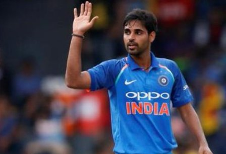 India vs Pakistan: Bhuvneshwar Kumar strikes again