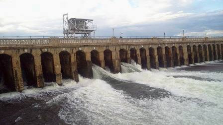 SC directs Karnataka to release 177.25 tmcft Cauvery water to T