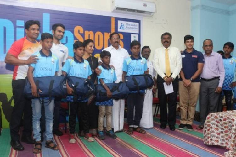 Hon'ble Minister Ma Foi K Pandiarajan distributes sports kits to underprivileged kids