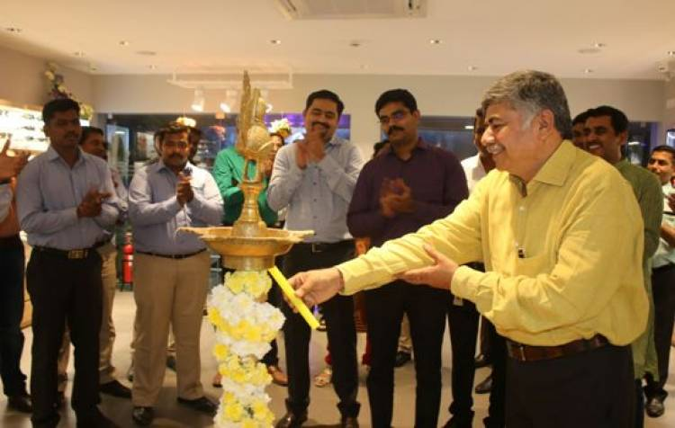 Titan Eyeplus inaugurates their first boutique store in Chennai