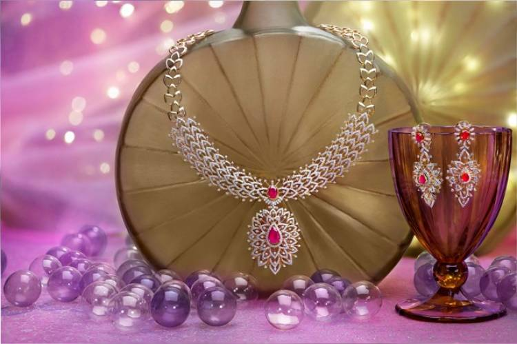 Kalyan Jewellers celebrates this season with free silver coins