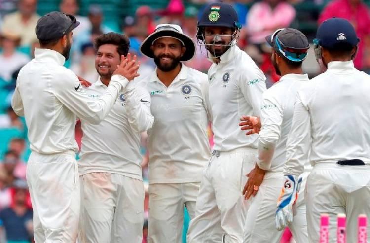 4th Test: Australia 236/6 VS India