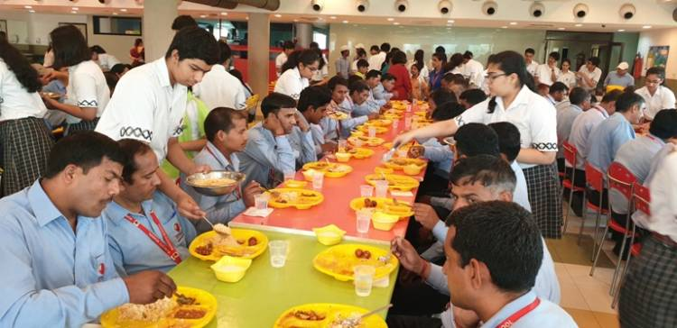 Gurugram students honour labourers for their daily contributions