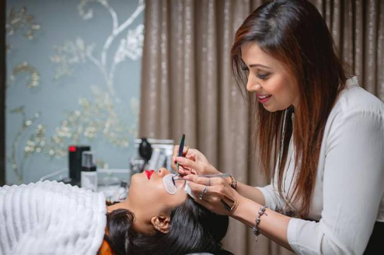 Actress Meena inaugurates The Lash Studio.in, South India's first exclusive Lash destination