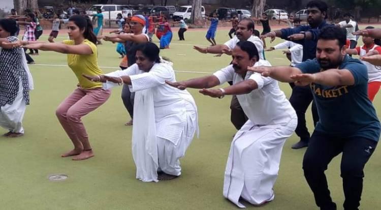 Actress Dhansika doing Yoga with Dr Tamilisai Mam and Sengottaiyan Sir