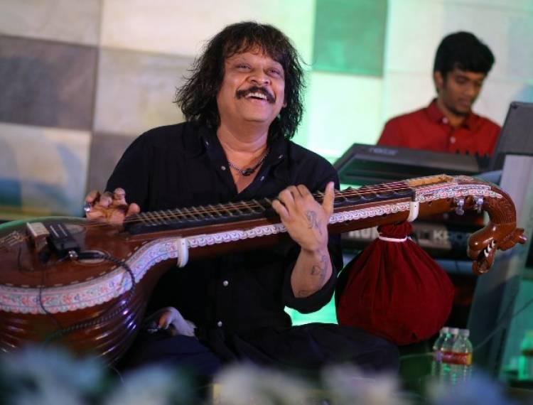 "Asia Book Of Records Honoured Veena Maestro ""Rajesh Vaidhya"""