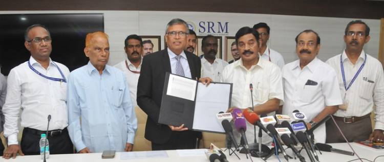 SRM Awards Scholarships to 300 Students from Perambalur Constituency
