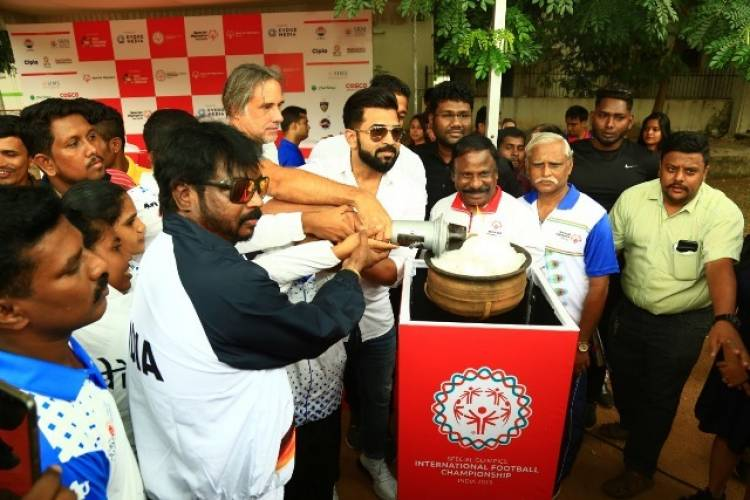 Arun Vijay at the Special Olympics Flame of Hope Torch Rally hosted by Evoke Media