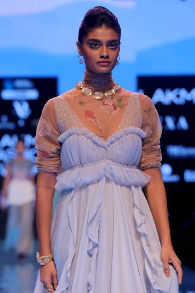 Great Fashion And Jewellery At 'The Real Cut' Show Dazzled On The Ramp