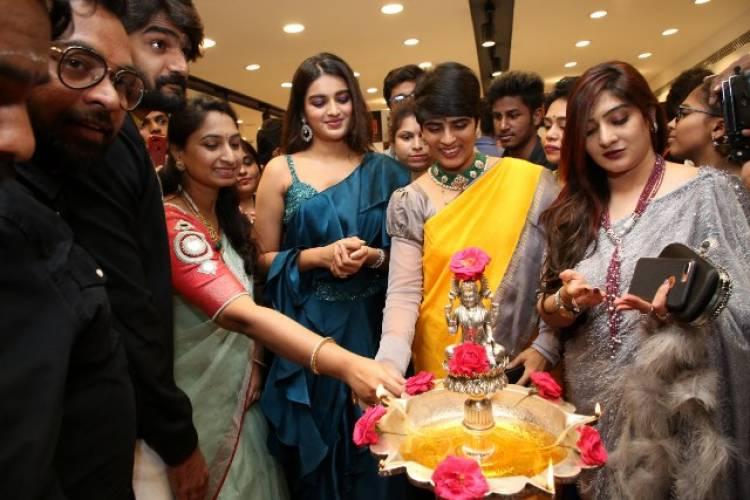Actress Nidhhi Agerwal Inaugurates KLM mall at Secunderabad