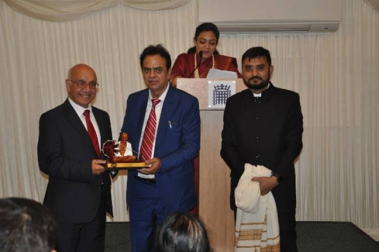 """AESL Managing Director and Chairman JC Chaudhry conferred with """"Global Gandhi Award 2019"""" at House of Commons in London"""