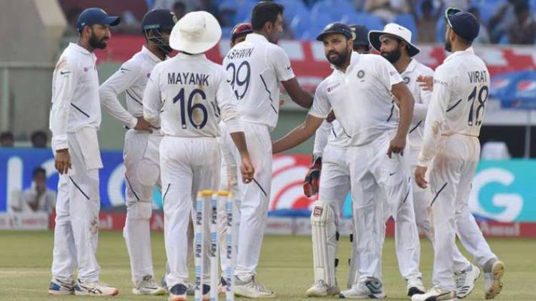 IND vs BAN: 493 ரன்களுக்கு இந்தியா டிக்ளர்; வங்கதேசம் பேட்டிங்