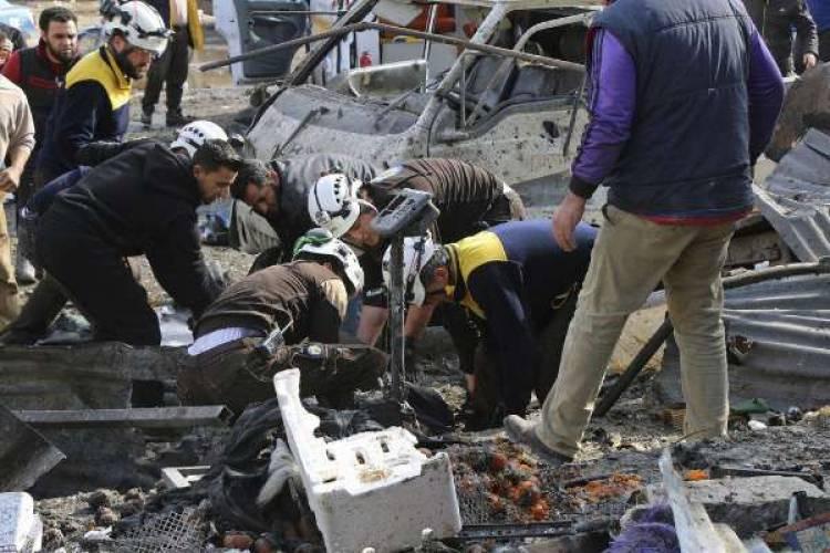 சிரியாவில் வான்வழித் தாக்குதல். 10 பேர் பலி. 13 பேர் படுகாயம்..!!