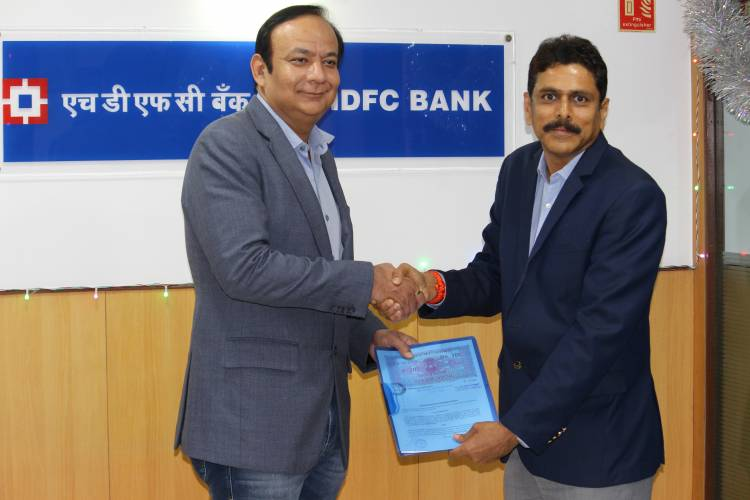 Ashok Leyland partners with HDFC