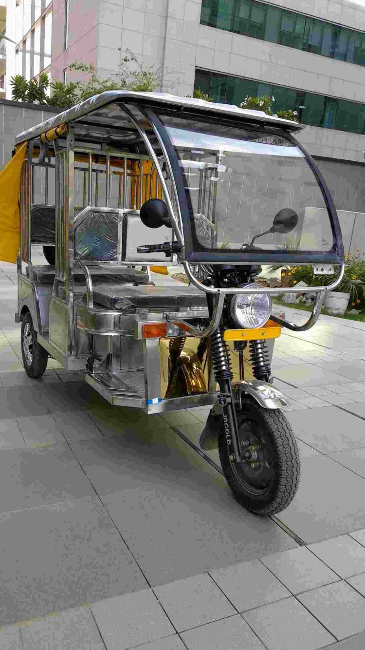 Stainless steel E-rickshaw launched at 10th EV Expo
