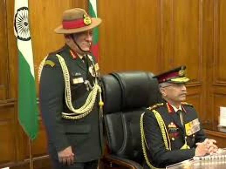Lt Gen MM Naravane takes over as 28th Army chief