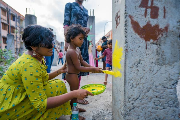 St+art India, supported by Asian Paints Introduce Neelam to residents of Kannagi Nagar