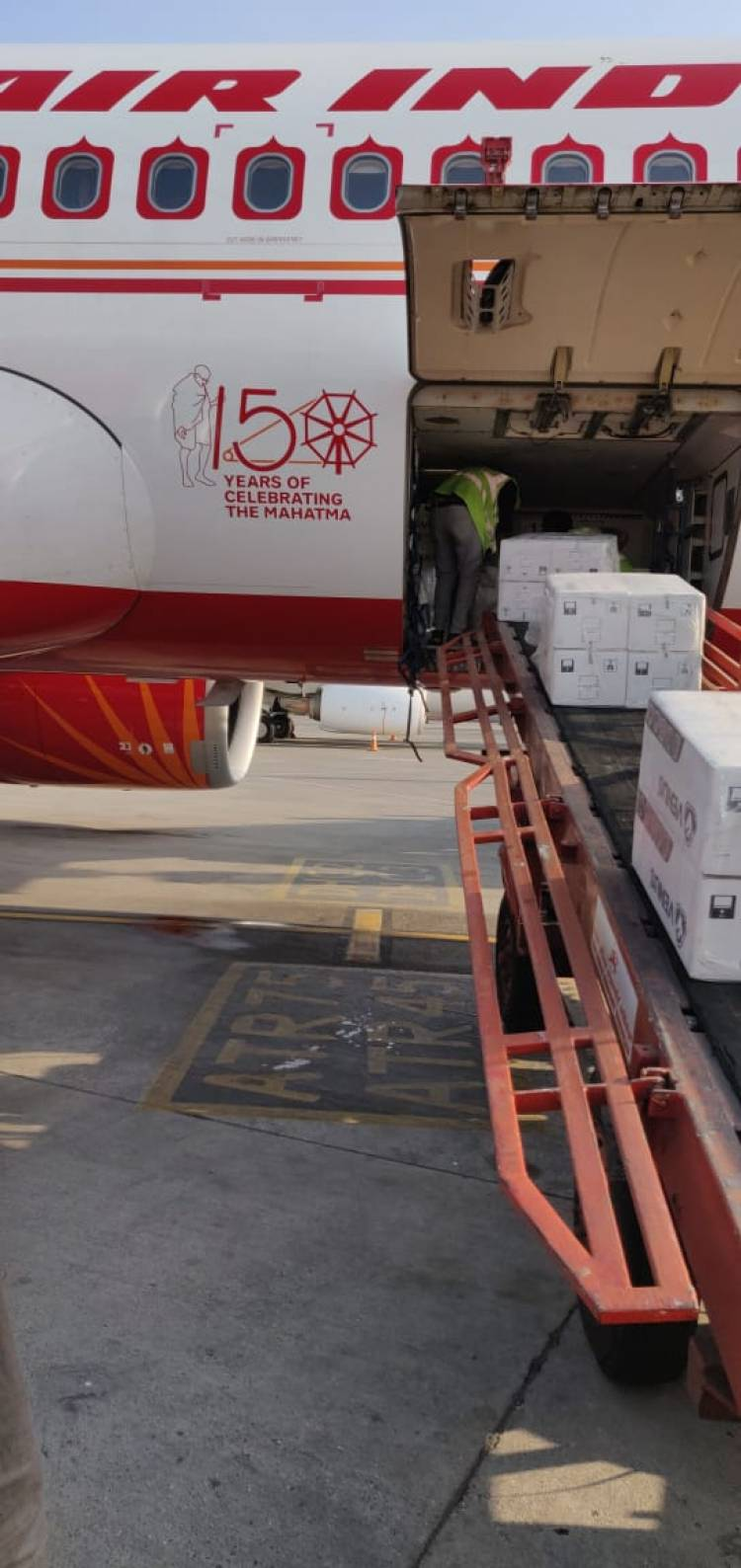 Domestic cargo flights strengthen India's fight against Covid-19