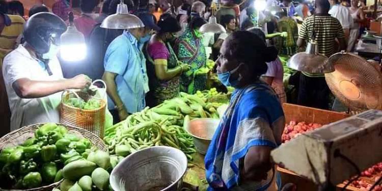 கோயம்பேடு மார்க்கெட் 5 மாதங்களுக்கு பிறகு திறப்பு வியாபாரிகள் மகிழ்ச்சி